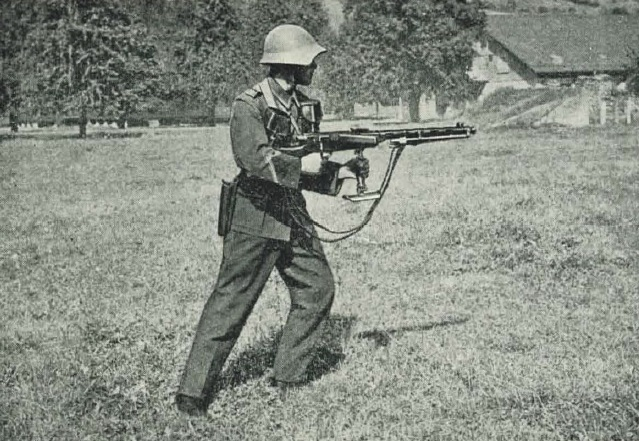 LMG25 with monopod attached forward for assault fire