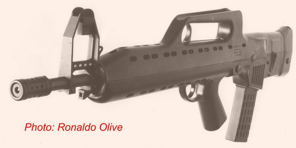 LAPA FA Modelo 03, left side