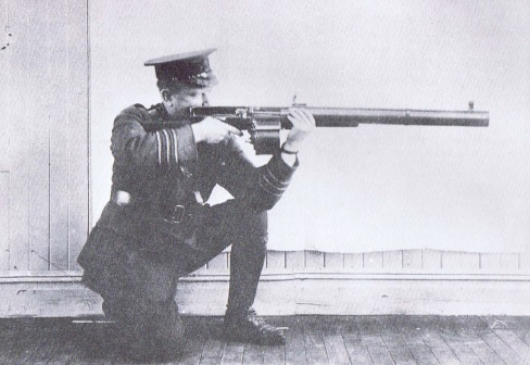 Major Robert Blair with a Huot (photo from Seaforth Highlanders Museum)